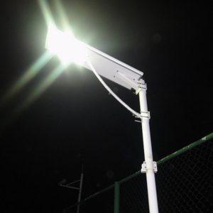Tête de Lampadaire Solaire et Hybride