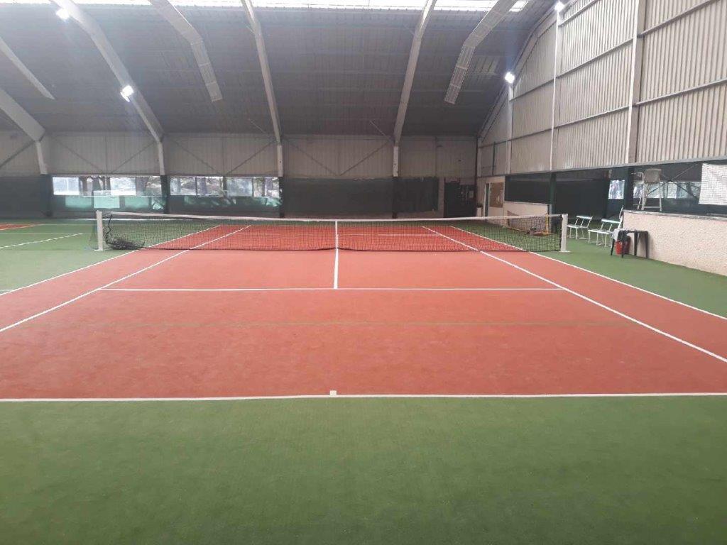 Tennis couvert de Bois le Roi UCPA